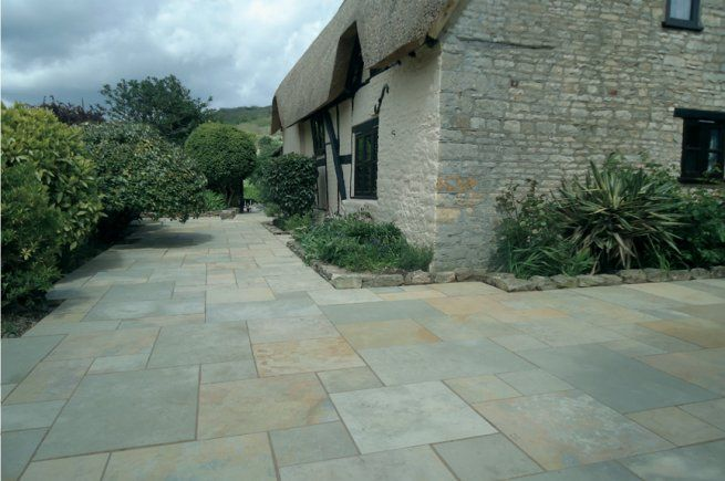 15 m² Abbey Sawn Limestone Patio Pack Random Sizes